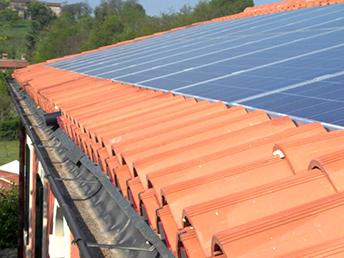 Installazione impianti solari fotovoltaici su tetti e coperture a Padova, Rovigo, Venezia